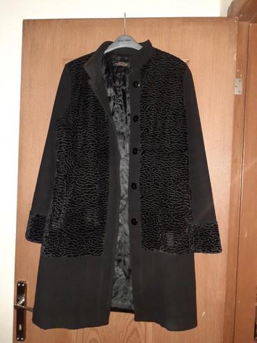 palito - Azərbaycan: Salam Kaşmir palito satilir. 52 razmer. Az geyilib. Yaxsi veziyetdedi