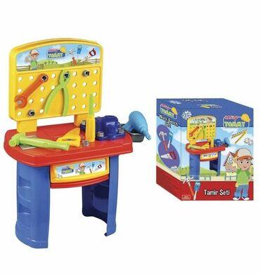 Barbie set - Crvenka: Alat set CENA: 2000,00