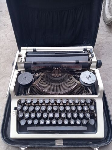 47 объявлений: Продаю печатную машину
