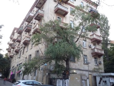 Mənzil İnshatcılar pr.İzmir küç, Bəsti Bağırova bina 11 mənzil 45