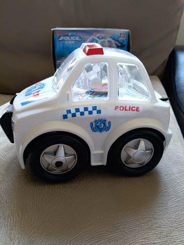 Policijski auto sa 3d svetlosnim i zvucnim efektima. Kao nov. Slomljen - Prijepolje