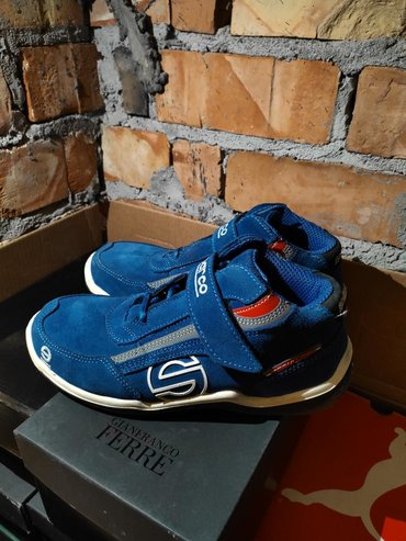 Мужская обувь в Кыргызстан: Продаю гоночные кроссовки SPARCO100% оригинал!Цвет синий