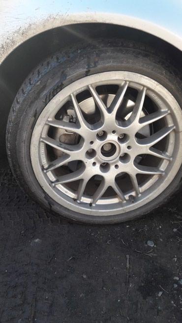 Меняю колеса R17 на зимних шинах нужна в Кемин