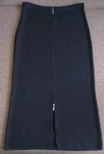 юбки из плотного трикотажа в Кыргызстан: Юбка(новая) --шерстяной трикотаж. 70% -lana merinos wool 30%-