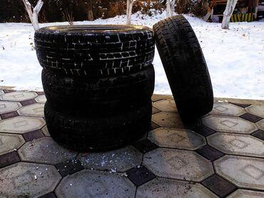 шини б у 215 60 17 в Кыргызстан: Зимние шины. Три шины R60. В хорошем состоянии.Звонить по