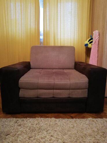 Fotelja na rasklpanje Dimenzija 120x100 Perfektno stanje