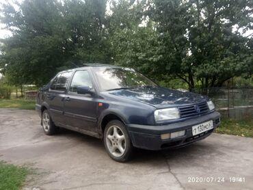 Volkswagen в Кыргызстан: Volkswagen Vento 2 л. 1994