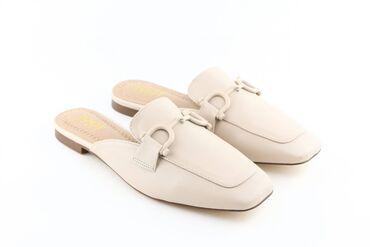 Босоножки-мюли на низком каблуке. Материал - текстиль/экокожа