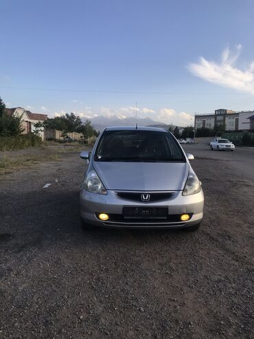 Honda Fit 1.3 л. 2002 | 23900 км