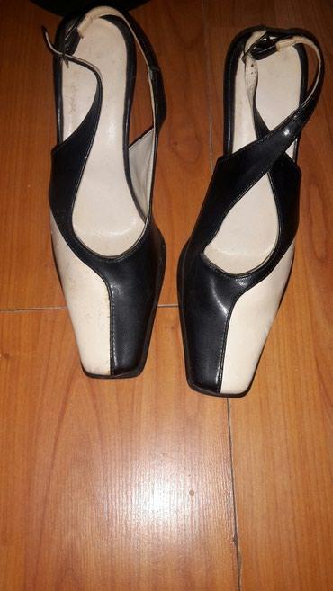 Kozne sandale  nosene ali veoma ocuvane  vel 37 - Cuprija