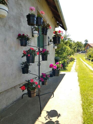 Baštenski nameštaj | Srbija: Stalak za cvece 9