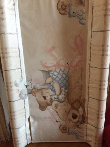 Daska za presvlacenje bebe,malo koriscena,ide na svaki krevetac ili na - Beograd - slika 2