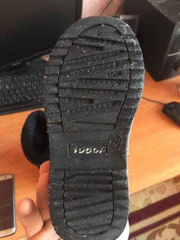 детская зимняя обувь в Кыргызстан: Детский обувь зимный. Состояние отличное. 28 размер