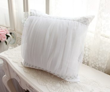 Красивенная подушка для невест,размер 40 см х 40 см. в Бишкек