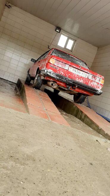 zapchasti na volkswagen в Азербайджан: Volkswagen Passat Variant 1.9 л. 1986 | 3000000 км