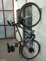 Novo pocinkovan zidni nosac za bicikl super cena! ! ! Iskoristite - Novi Sad