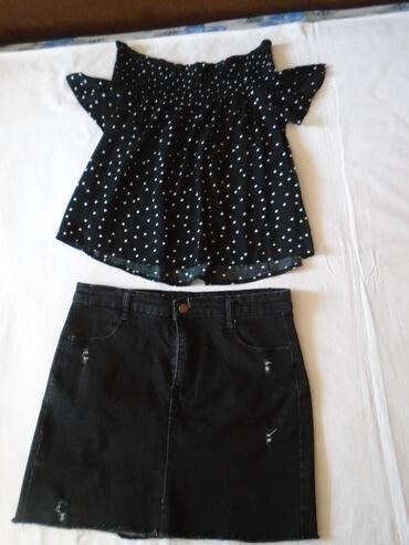 Majica Sinsay polka dots, može se nositi spuštena na ramenima