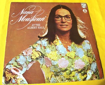 Nana mouskouri: at the albert hall (live). Godina: 1975. Cena je - Belgrade