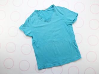Женская футболка от бренда Rainbow Длина: 91 см Пог: 65 см Плечи: 55 с