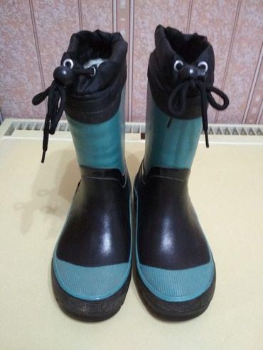 черный замшевая туфли в Кыргызстан: Продаю детскую обувь на мальчика. Туфли кожзам чёрные размер 33