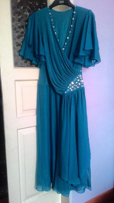 вечернее платье шелк в Кыргызстан: Вечернее платье.48-50 размер. не мнётся, морская волна, Одевалось один