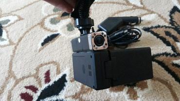 Продаю Видеорегистратор 2 камера. состояние как на фото. в Бишкек