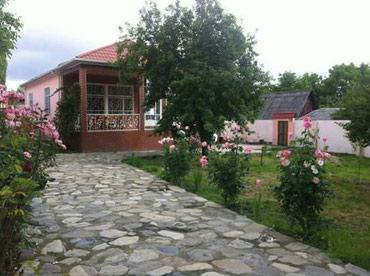 İsmayıllı şəhərində Qebelede kiraye ev bu ev tufandaqa yaxin yerdedi 3 yataq 1 qonaq