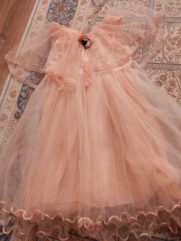 Нежное платье, на 6-7 лет. В идеальном состоянии. Турция