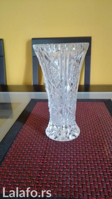 kristalna vaza - Nis