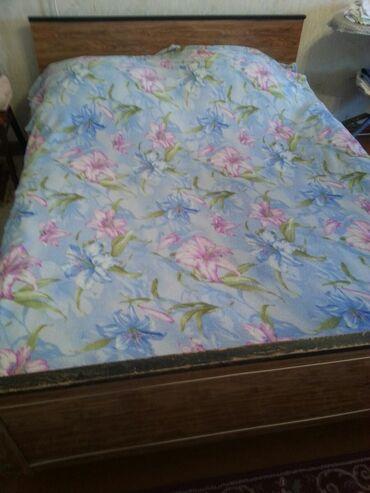 Двуспальные кровати - Кыргызстан: Продаю кровать 2хсп