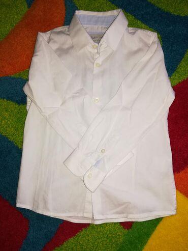 Dečiji Topići I Majice | Borca: Zara košuljica, prelepa, jednom nošena, nova bukvalno. Slim fit