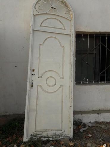 Дом и сад в Самух: Seyf qapı eni 0.95m uzunluğu 2.95m