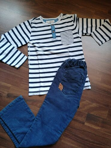 Dečija odeća i obuća   Ruma: Komplet očuvane garderobe za dečake, veličina 8