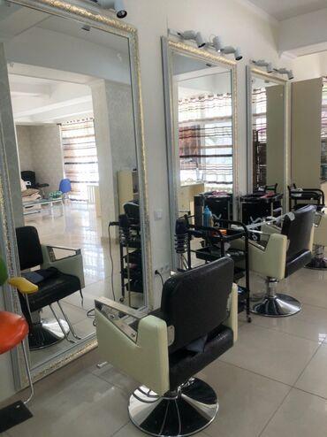 seat fura в Кыргызстан: Сдаю место (кресло) кресло в салоне красоты  маникюрный стол кресло па