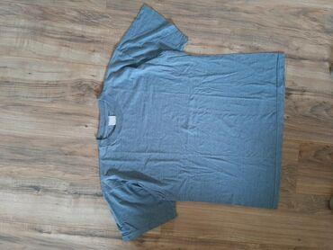 Muška majica obicna plava. Veličina L