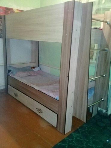 Продаю двух яросный кровать в Бишкек