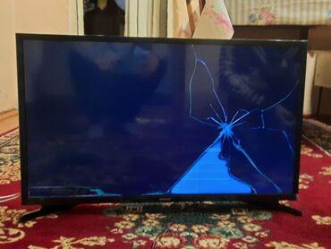 Televizor(ekranı yanıb) Smart tvdir. Youtubu var
