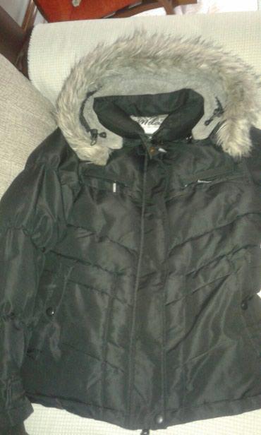 Zenska-zimska - Srbija: Zenska zimska jakna u dobrom stanju bez ostecenja