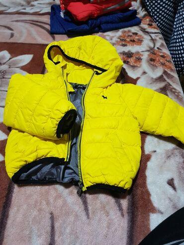 Курточка детская размер от 10 месяцев до 18 месяцев. S. Демисезонная