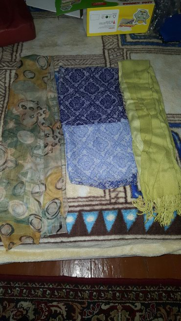 2 шарфика осенне весенний 1 зимний, 1 в Бишкек