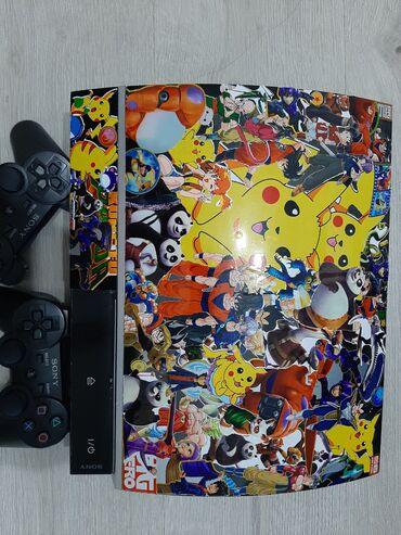 Продаю прошитую Playstation 3 В комплекте два джойстика и все провода