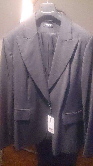 Sivi donji deo - Srbija: ZEKSTRA sivi zenski kostim, sako i pantalone, velicina 46, potpuno NOV