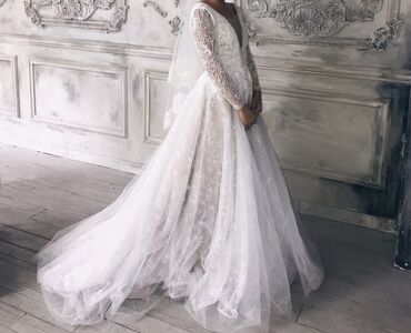 аксессуары для пубг мобайл в Кыргызстан: Продаю своё свадебное платье сшили на заказ  (Фата,аксессуары )