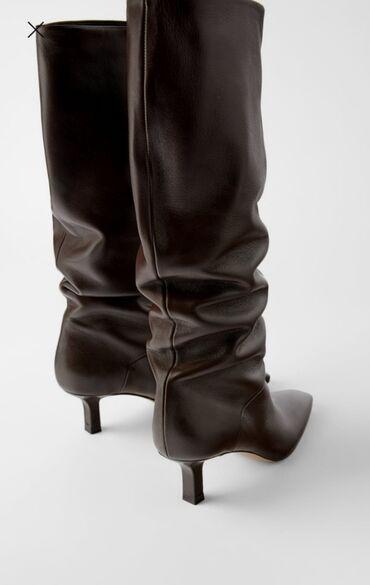 Kozne cizme Brend Zara Fiksno