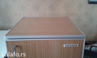 Elektronika | Svilajnac: Oldtajmer koji fino radi i dalje. Širina 50, visina 105, dubina 58