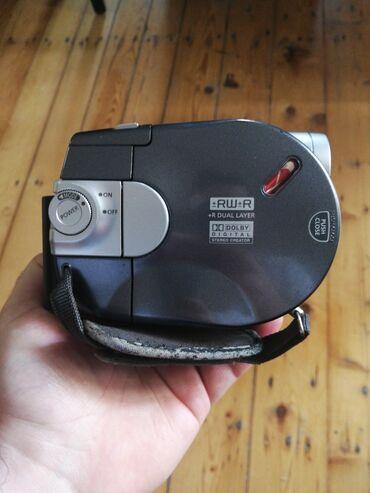 2203 elan   FOTO VƏ VIDEOKAMERALAR: 50 AZN kamera, i şlək vəziyyətdədir, sadəcə adaptor yoxdur