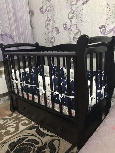 Продаю детскую кроватку б/у с матрасом(в пакете) в комплекте бортики с