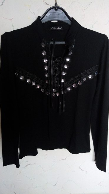 Nova bodi bluza pamuk,kvalitet..na pertlanje...dim..oko grudi - Kraljevo