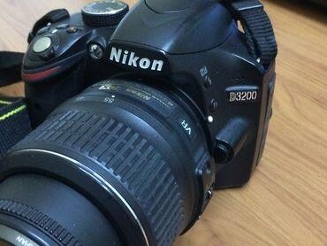 Продаю фотокамеру nikon d3200. Состояние отличное. В комплекте имеется