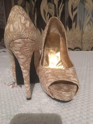 Женские туфельки.Очень стойкий каблук в Бишкек